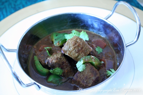 Tender beef cubes drenched in a mildly spicy, fragrant, flavourful gravy