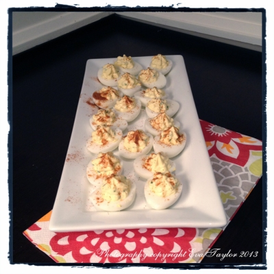We had very special deviled eggs for our hor d'œuvres that evening.