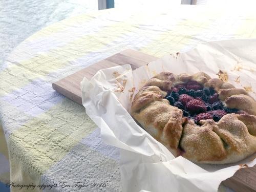 StrawberryBlueberryGalette2